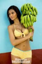 Cris-Urena -SI-2014-Sports-Illustrated-Swimsuit-Issue--13-720x1093
